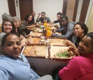Cena nella casa della parrocchia di San Giovanni